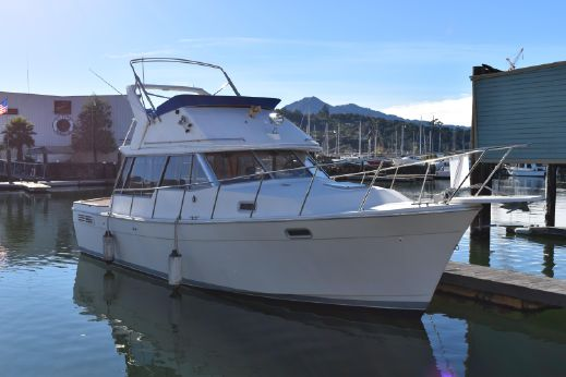 1989 Bayliner 3288 Motor Yacht