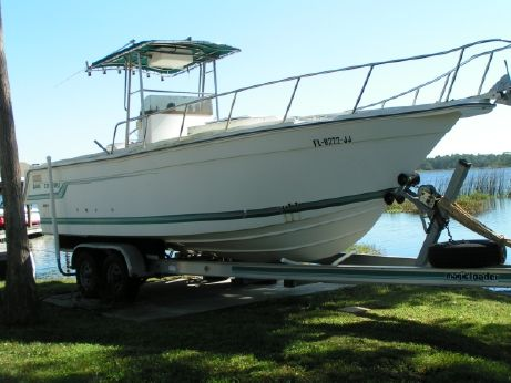 1994 Baha Cruisers 271 Center Console