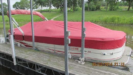 2007 Tracker Boats Sun Tracker 25PARTYBARGE