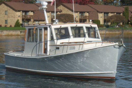 1995 Flye Point / Bhm 32 Downeast Cruiser
