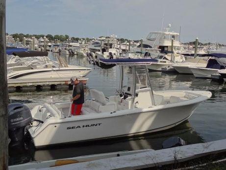 2015 Sea Hunt 234 ultra