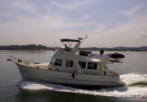 2011 Clipper Motor Yachts 40