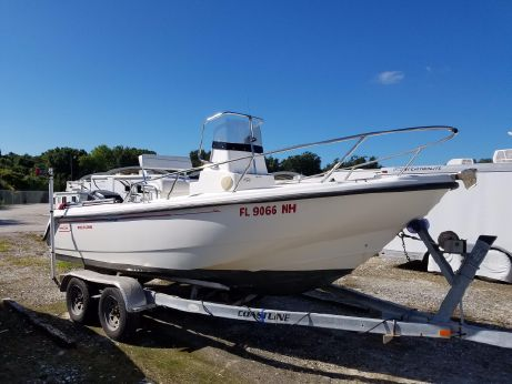 2000 Boston Whaler Outrage 18