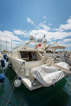 1996 Ferretti Yachts 165