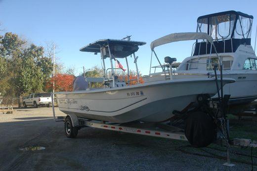 2011 Carolina Skiff --Fresh Water Boat 238 DLV