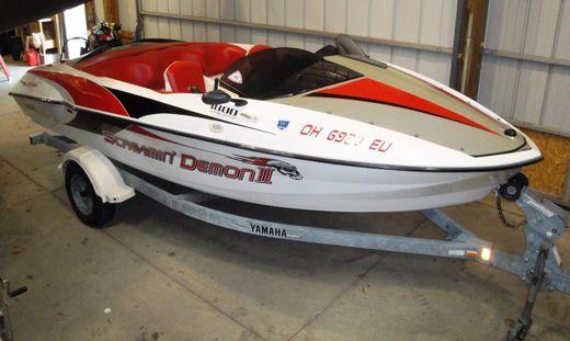 2000 Yamaha Sport Boat XR1800