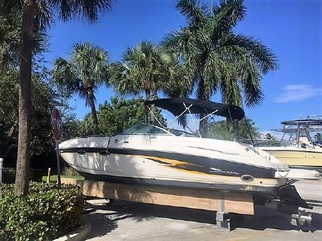 2001 Chaparral 265 SSi