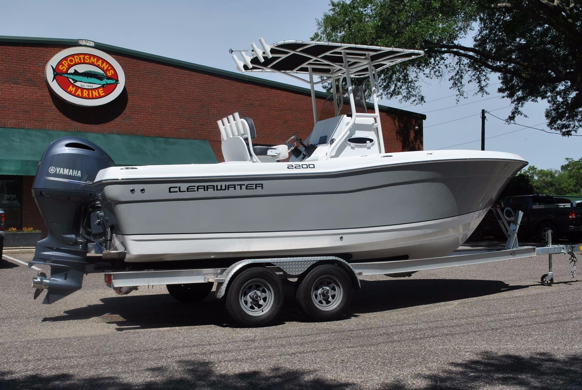2017 Clearwater 2200 Cc Platinum Gray Power Boat For