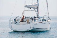 2020 Beneteau Oceanis 35.1 Charter Owner