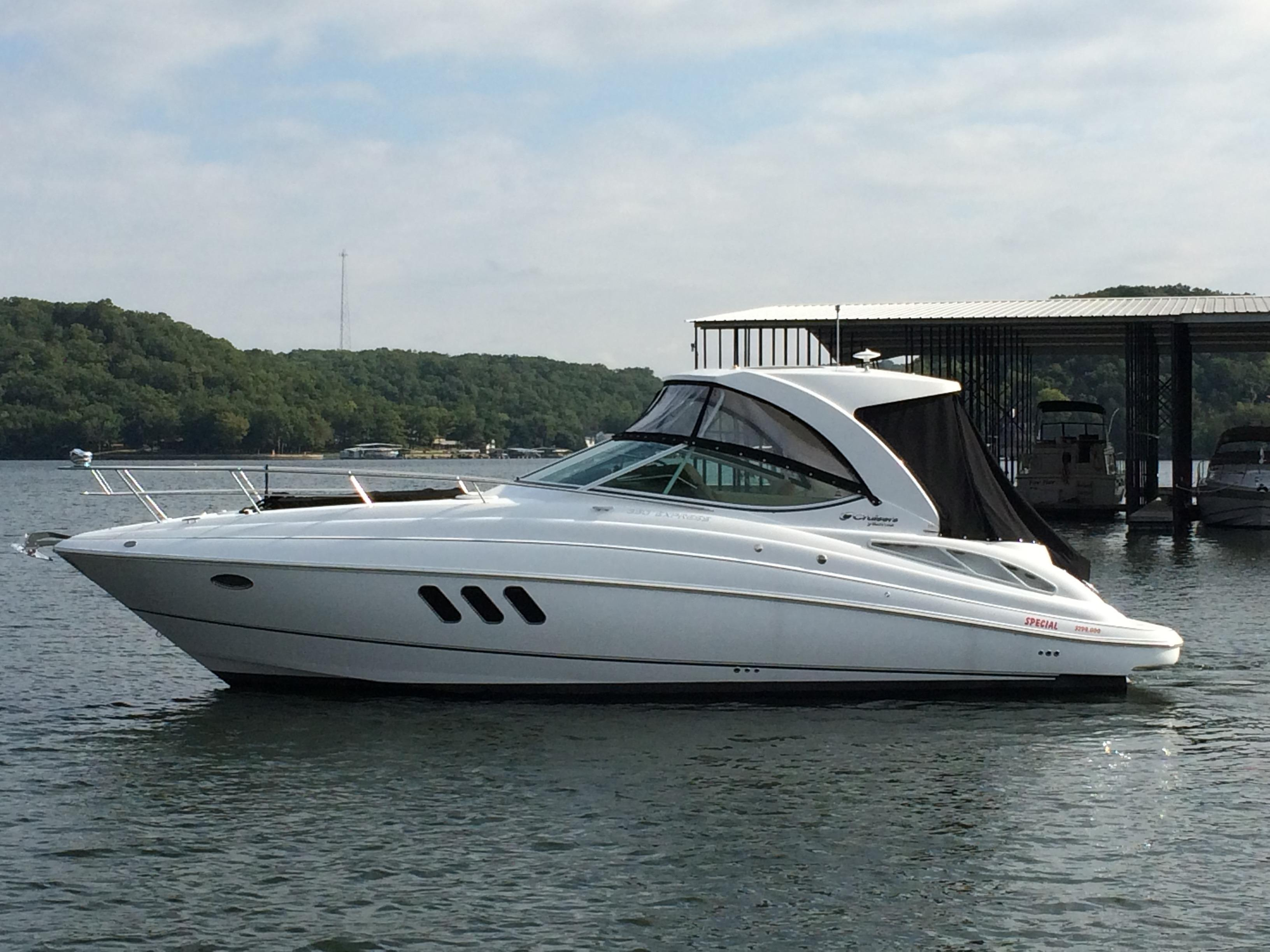 Lake Ozark (MO) United States  city images : 2015 Cruisers Yachts 350 Express Power Boat For Sale www.yachtworld ...