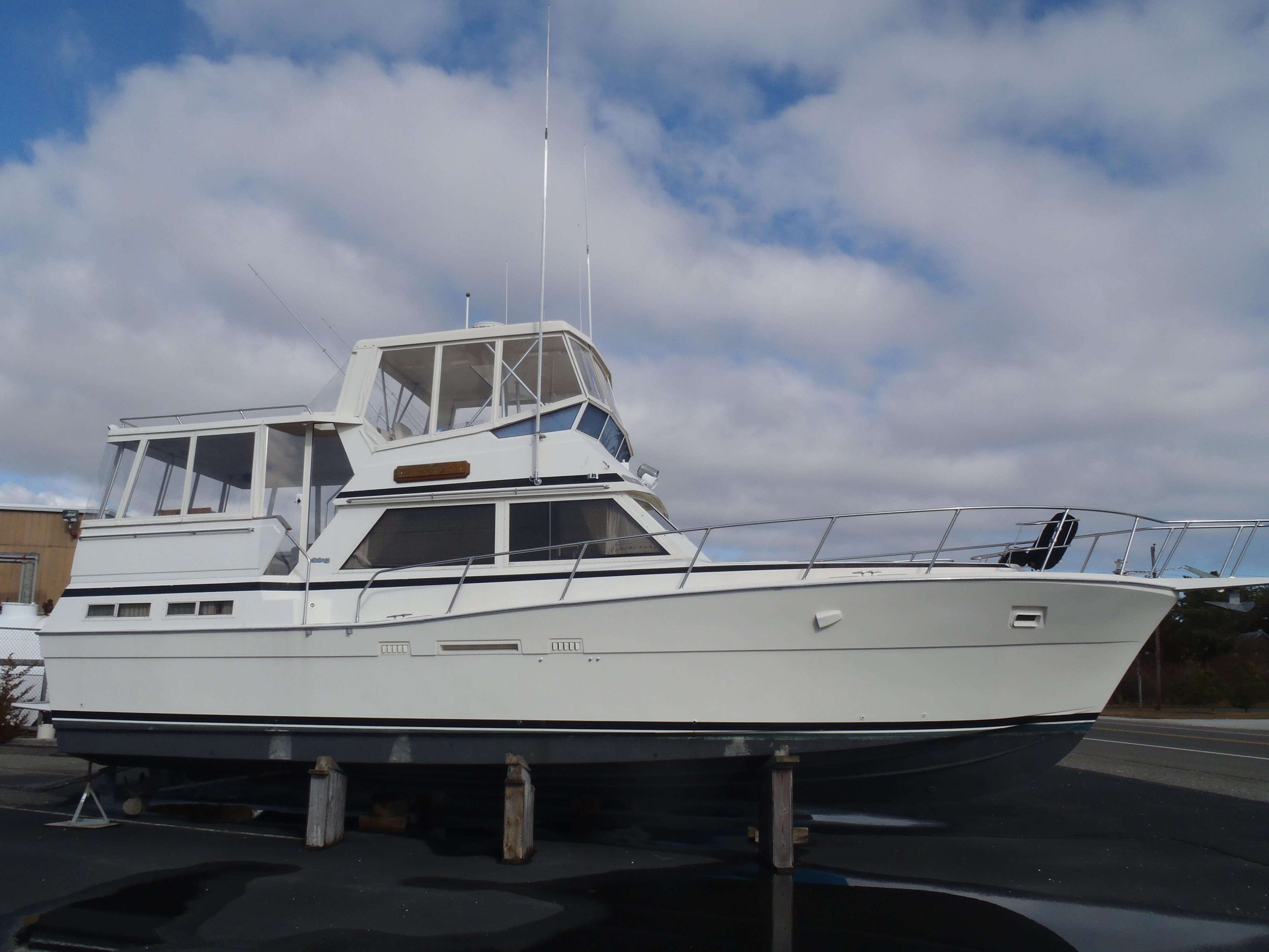 1987 viking 44 double cabin motor yacht power boat for sale for Viking 43 double cabin motor yacht