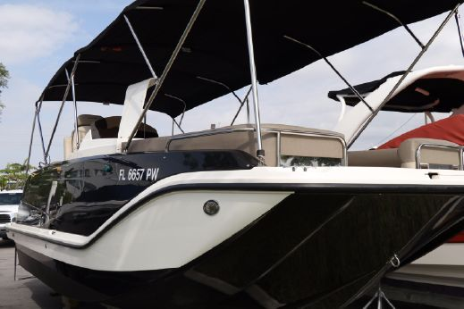 2015 Bayliner Element XR7