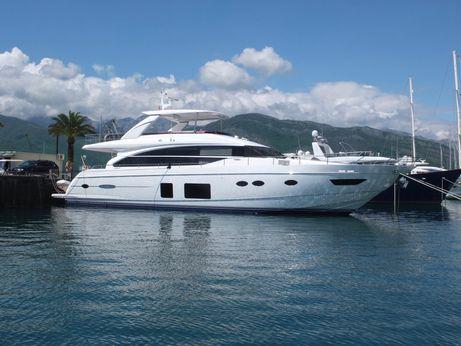 2013 Princess Flybridge 82 Motor Yacht