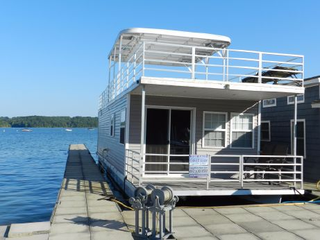 2013 Destination houseboat