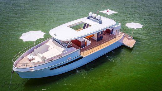 2017 Astondoa 65 Top Deck