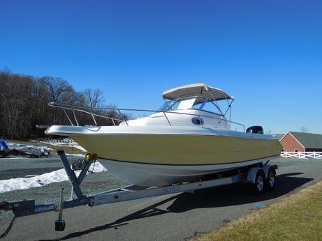 2006 Sea Quest 2350 Walkaround