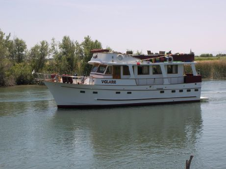 1981 Marine Trader Pilothouse