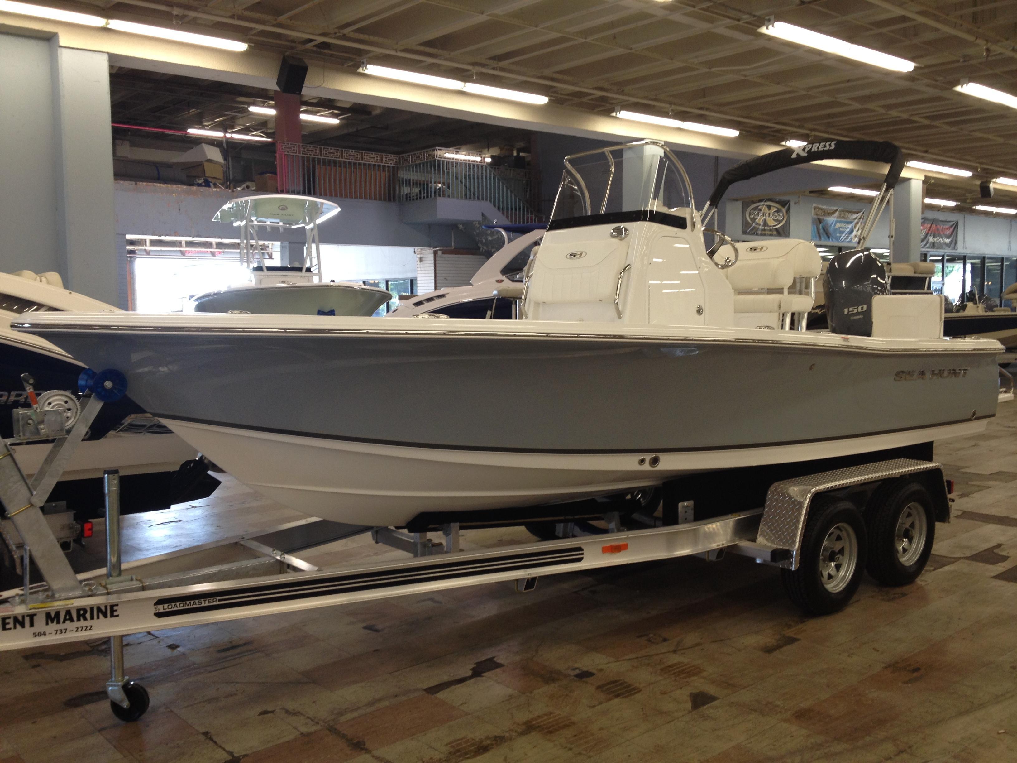 20 ft 2013 sea hunt bx 20 br
