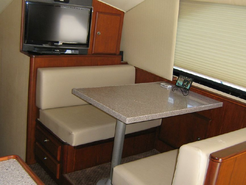 Radovcich 45 Galley Dinette