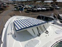 2012 Cruisers Yachts 380 Express