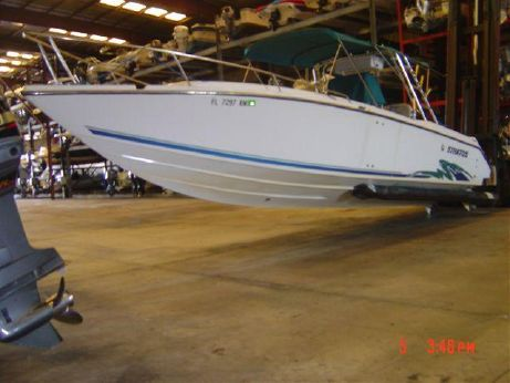 1995 Stratos Donzi 3300 Center Console