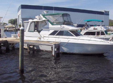 1991 Sea Ray 380 Aft Cabin Motor Yacht