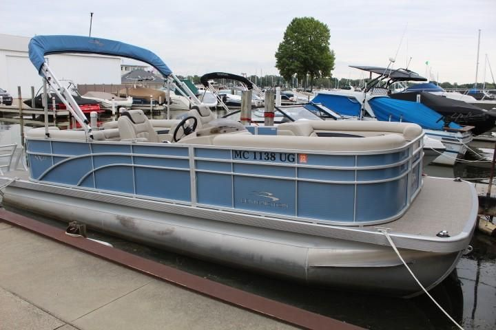 2019 Bennington 22 Ssr Tritoon Pontoon Boat For Sale