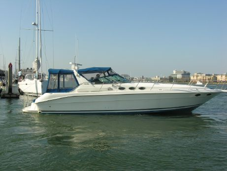 1994 Sea Ray 400 Express Cruiser Diesels