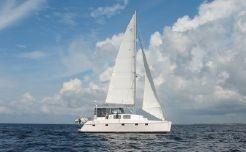 """2002 Endeavour """"44"""" Sail Cat"""