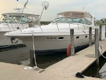 1997 Cruisers Yachts 3375 Esprit