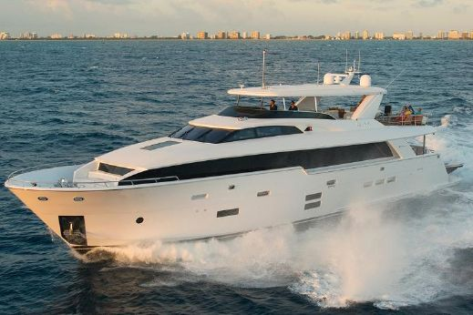 2018 Hatteras 100 Raised Pilothouse