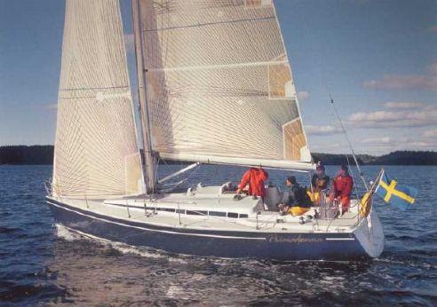 2008 Arcona 370