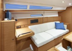 photo of  38' Jeanneau Sun Odyssey 389