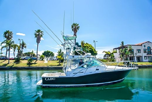 1996 Cabo Yachts 31 Express