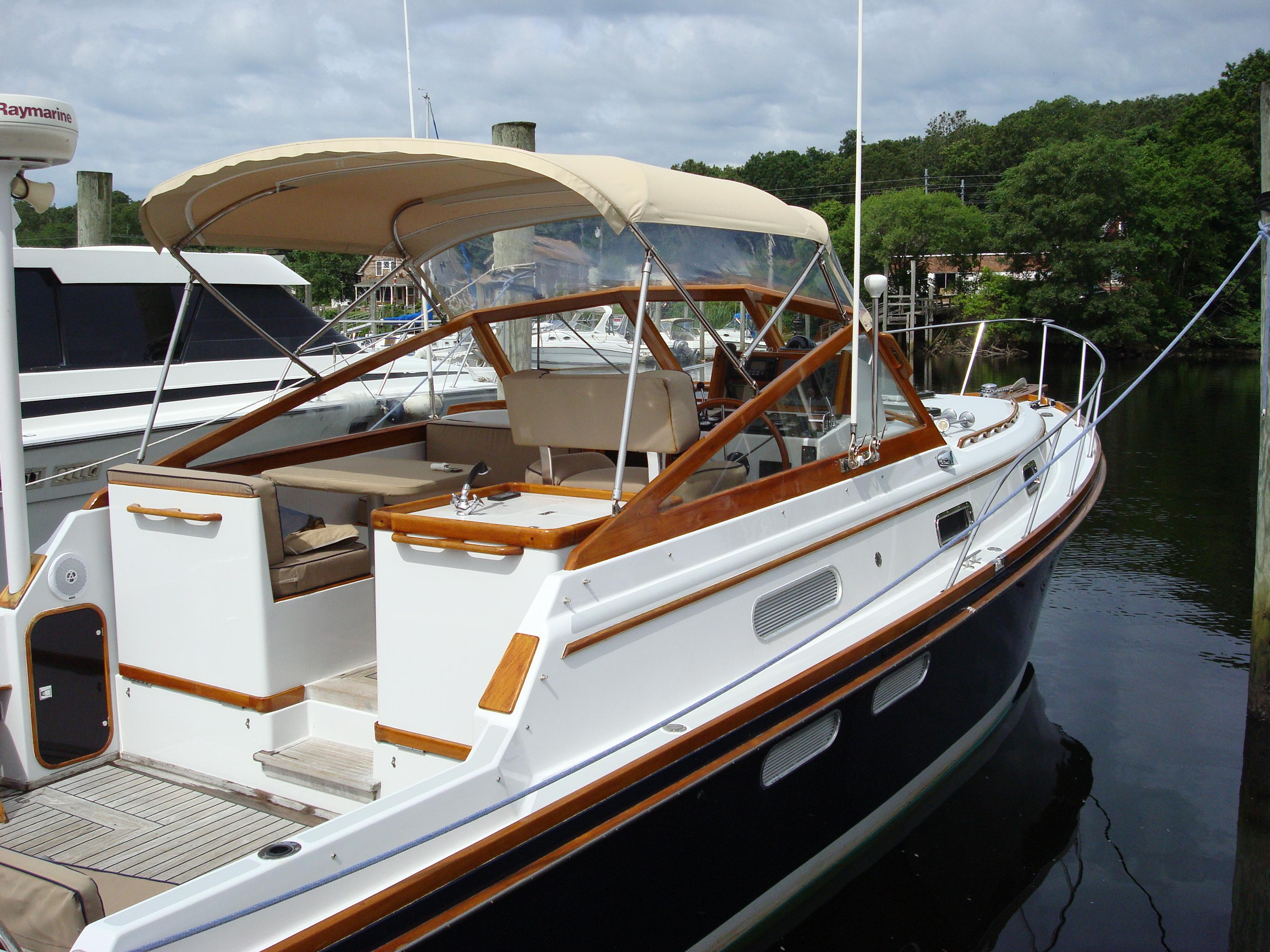 Little Harbor LH 34 Express Soft-top, Westerly, RI