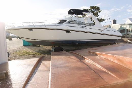 2002 Fountain 38 Express Cruiser