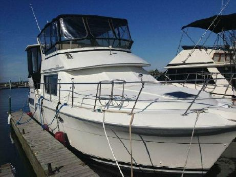 1994 Carver Yachts 370