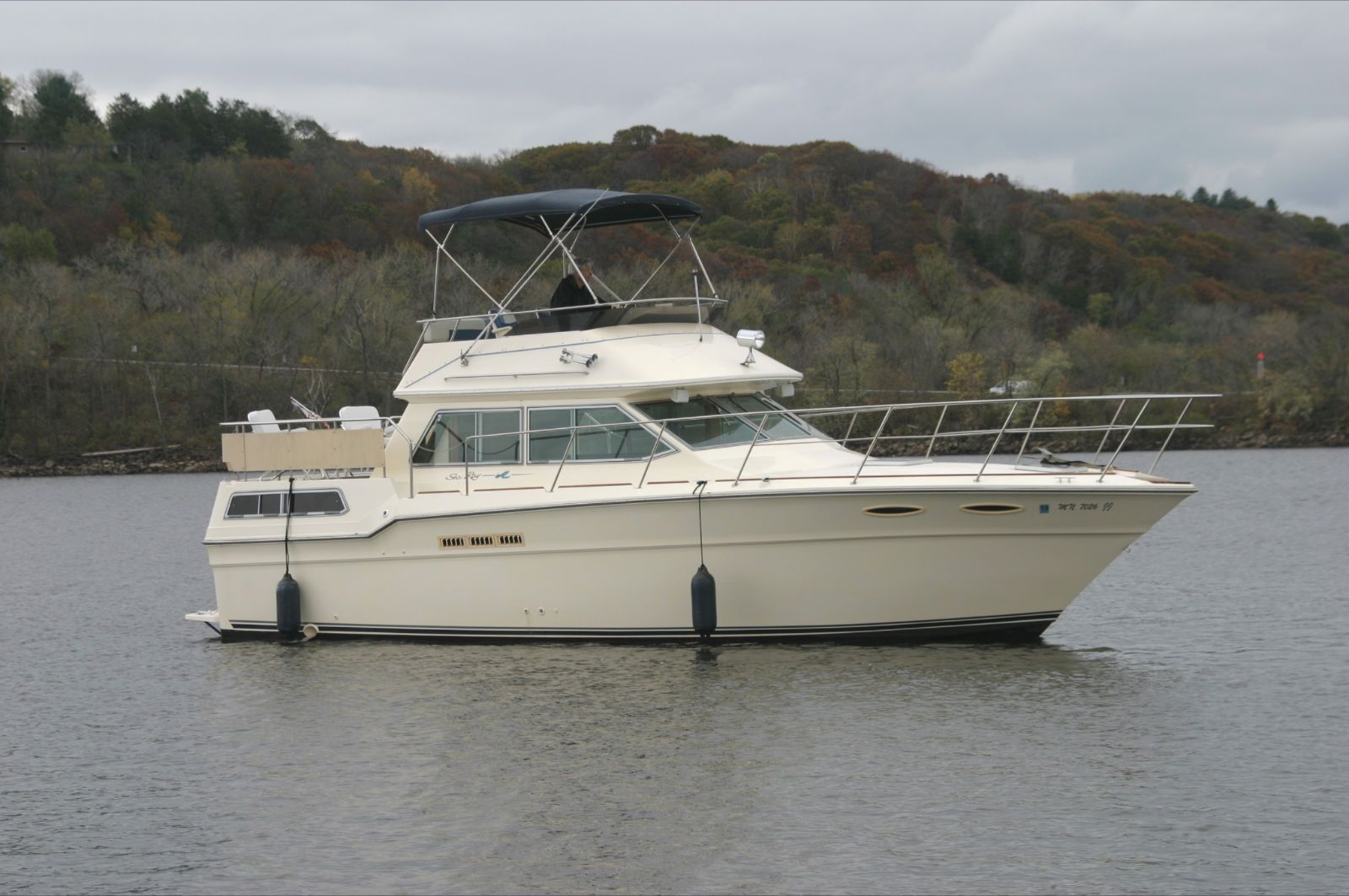Stillwater (MN) United States  city photo : 1987 Sea Ray 360 Aft Cabin Power Boat For Sale www.yachtworld.com
