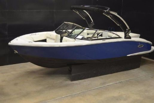 2017 Cobalt Boats CS3