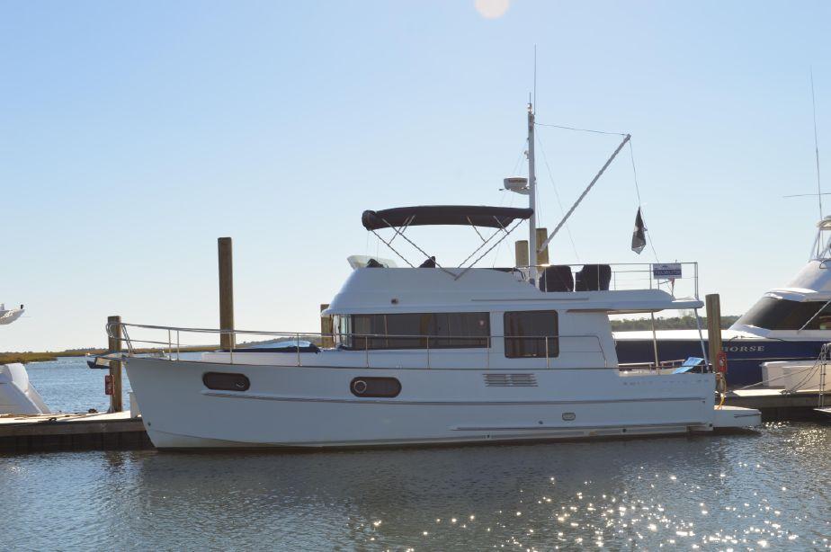 2011 Beneteau Swift Trawler 44 Power Boat For Sale - www