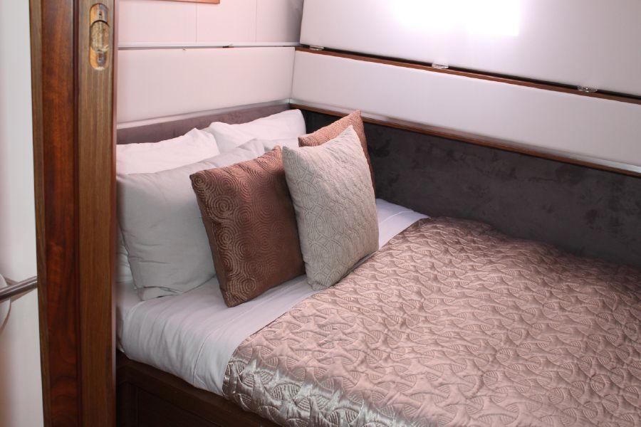 Sunreef 70 Power Catamaran Guest Bunk