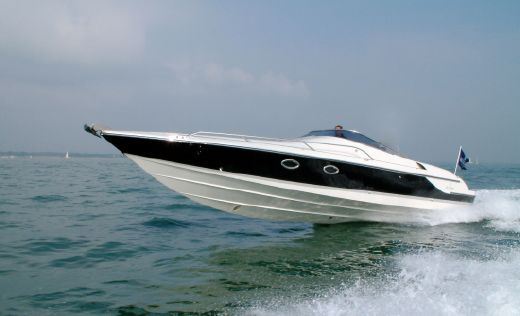2008 Hunton Powerboats XRS 37