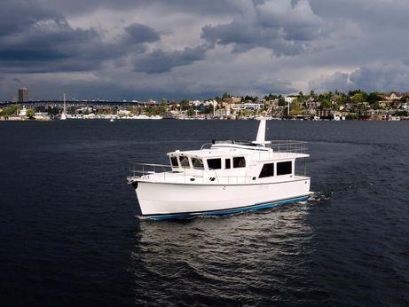 2017 Helmsman Trawlers 43 Pilothouse