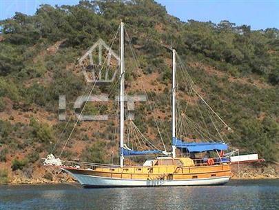 2001 Mediterranean Classic ketch [GA10178]