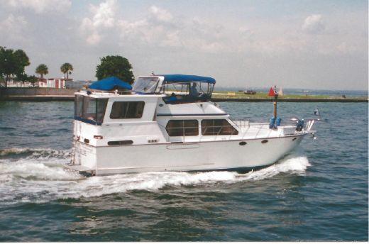 1988 Aquarius Motoryacht