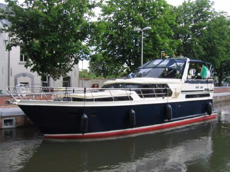 2002 Valk 42 Dutch Steel Cruiser