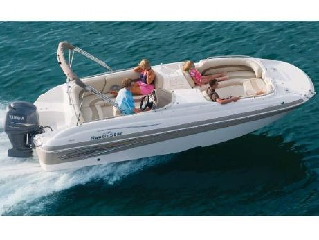 2012 Nautic Star 210 SC Outboard