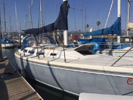 1983 Catalina Sloop
