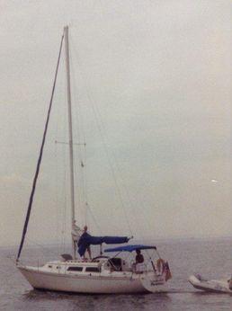 1983 Islander Bahama 30