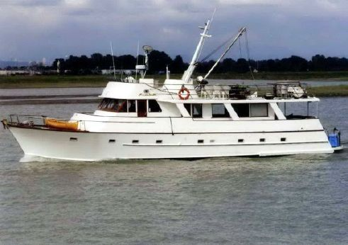 1968 Motor Yacht Pilothouse